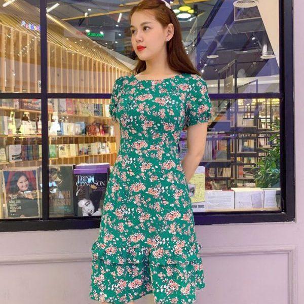 Đầm xòe cổ tròn phối bèo tầng xanh lá cây họa tiết hoa hình 2
