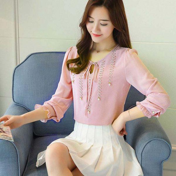 Áo kiểu phối ren đính ngọc trai cao cấp màu hồng
