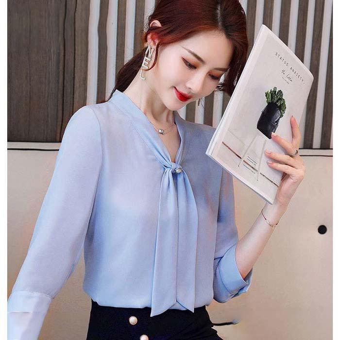Áo kiểu nữ cổ V buộc nơ màu xanh biển nhạt 1