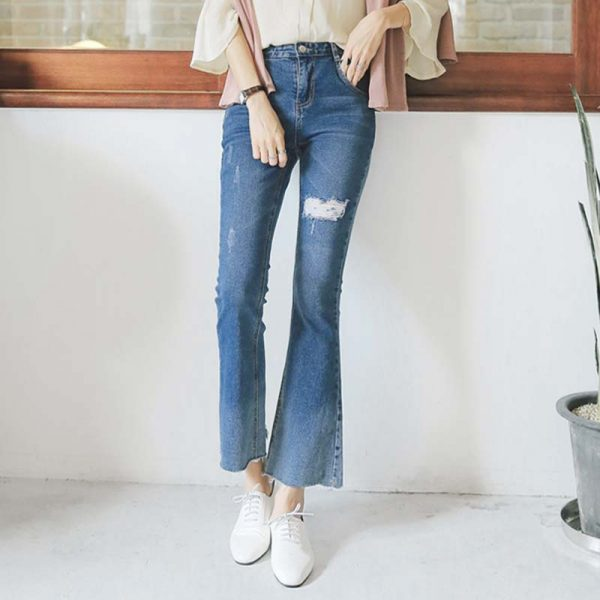 Quần jean nữ ống loe